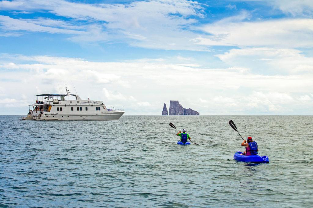 Archipel I Sea kayaking Kicker-Rock